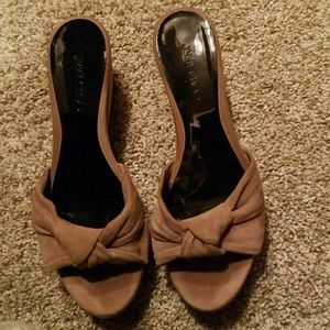 Sandles in size 37